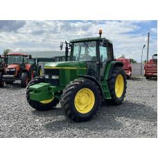 Трактор John Deere 6610